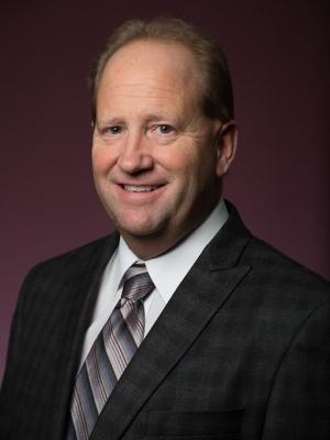 Kevin DeVries